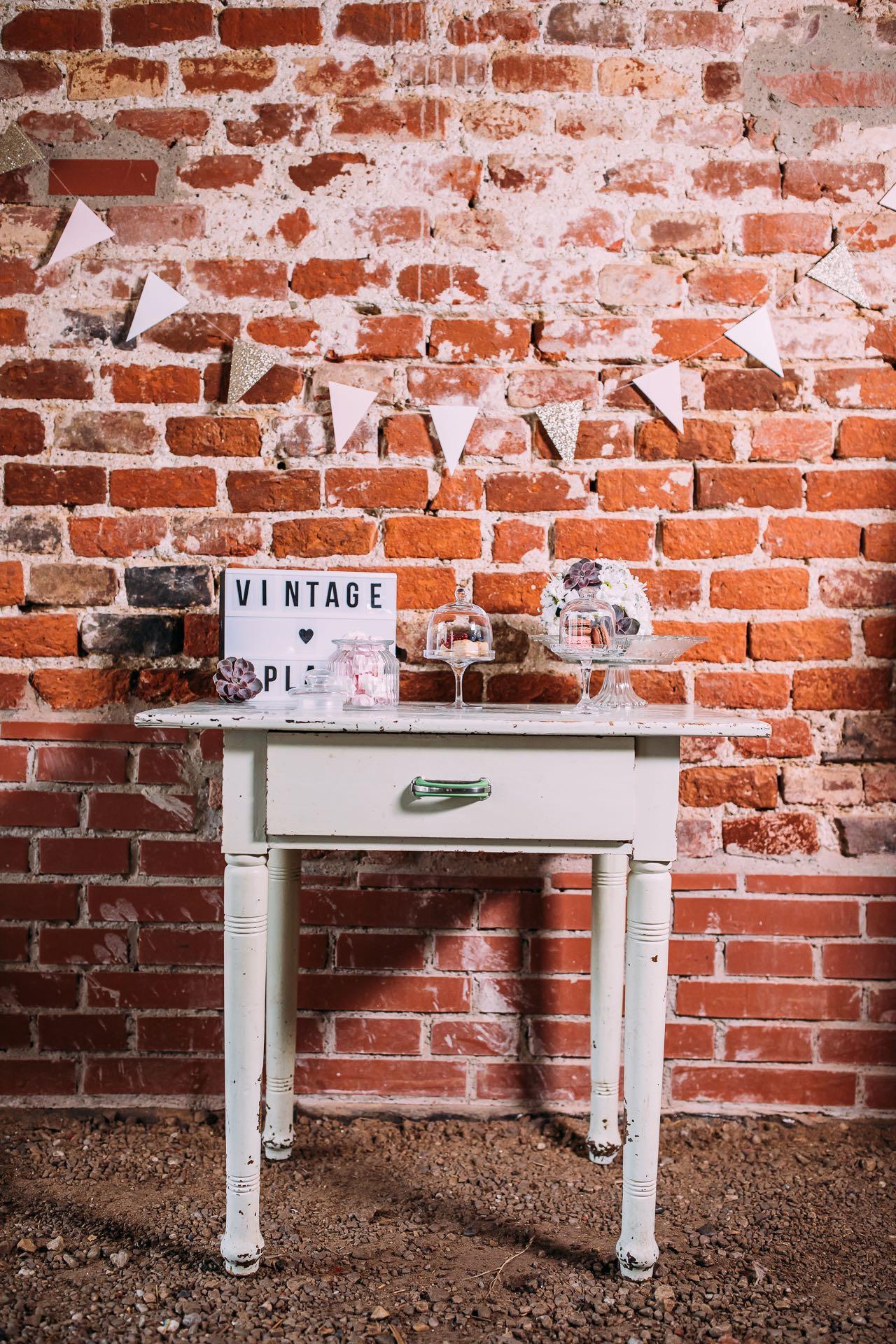 candybar-vintageplace-1